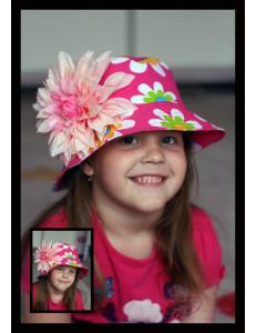 Панама на девочку розовая в ромашку с большим георгином